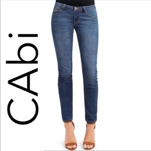 CAbi Style 750 Ruby Ankle Medium Wash Jeans SIZE 8